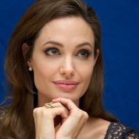 Angelina Jolie révèle avoir subi l'ablation des deux seins !