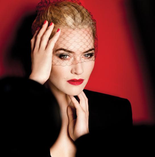 Kate Winslet, l'égérie de la marque, dans une campagne signée Mario Testino