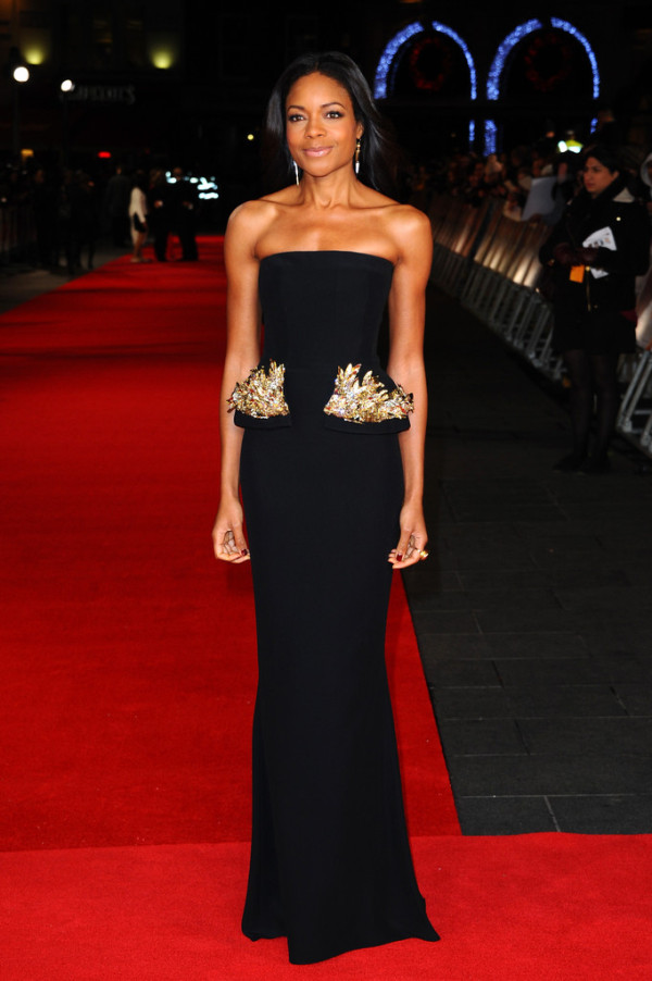 Naomie-Harris-in-Alexander-McQueen-Mandela-Long-Walk-to-Freedom-Royal-Premiere-600x902