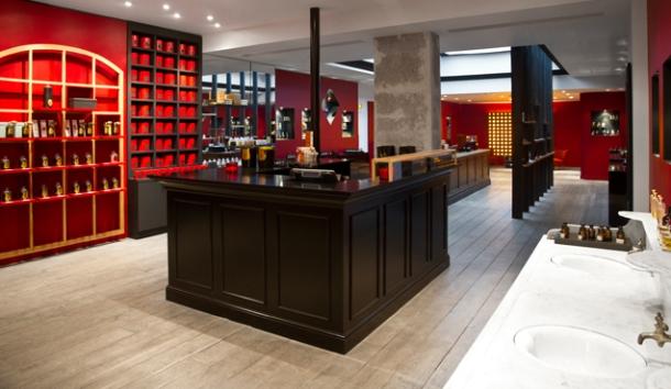 Une grande parfumerie au 4 Rue du Castiglione,qui dévoile en exclusivités des parfums inédits à Paris.