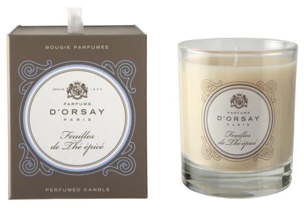 Bougie FEUILLES DE THÉ ÉPICÉ, des Parfums D'ORSAY Bougie 190gr, prix conseillé 49€