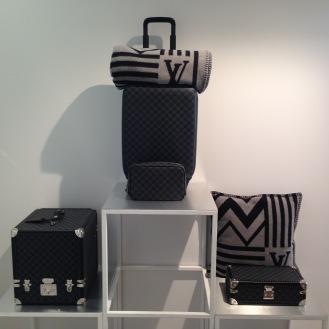 108ce4a95417 L accessoire au centre de la collection Louis Vuitton homme ...